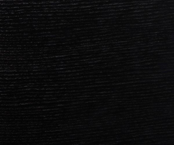 Otvorena pora akrilnim crnim lakom s patinom