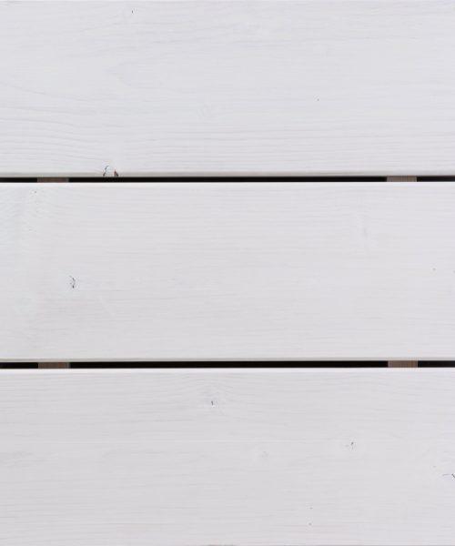 Hibridno ulje u bijeloj boji na decku od ariša